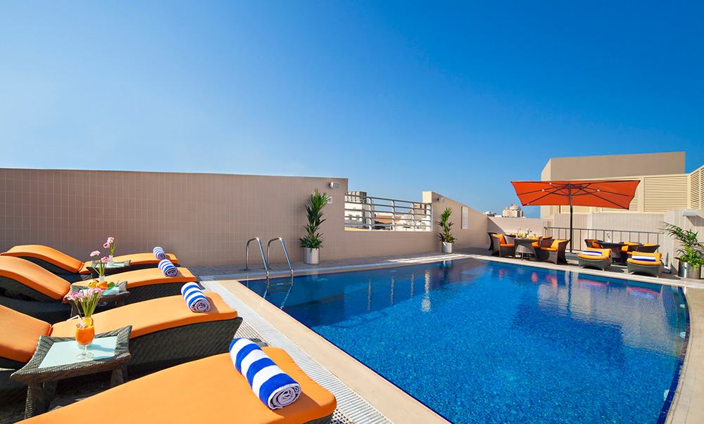 Lifestyle and fitness plazabaniyas landmark hotels suites for Hotel with private swimming pool in dubai